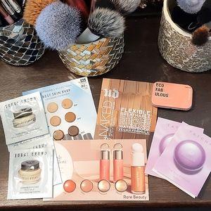 Makeup sample bundle (10 pcs)